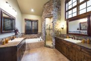 Craftsman Style House Plan - 3 Beds 4.5 Baths 3959 Sq/Ft Plan #892-16 Interior - Master Bathroom