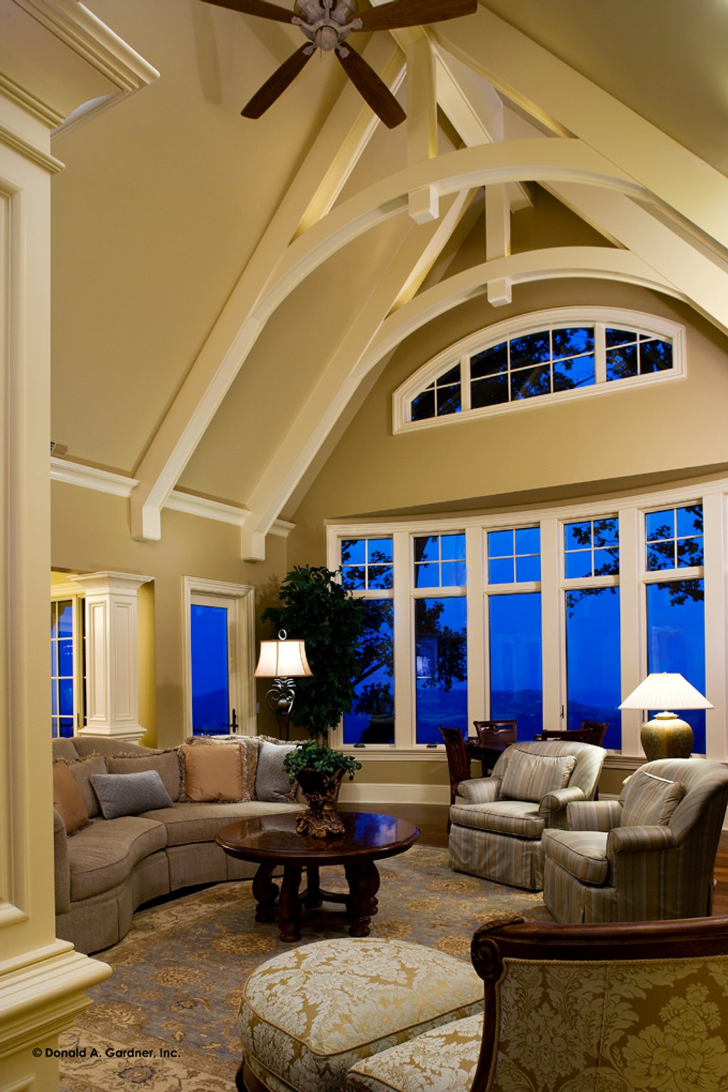 Living Room Interior Design Pdf: 4 Beds 4.5 Baths 4547 Sq/Ft