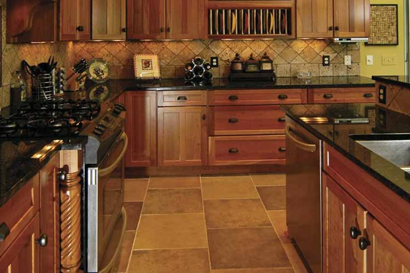 Cottage Interior - Kitchen Plan #928-52 - Houseplans.com