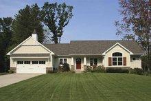 Craftsman Exterior - Front Elevation Plan #928-117
