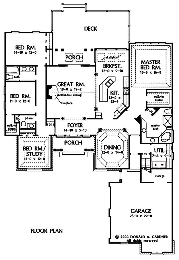 Traditional Floor Plan - Main Floor Plan Plan #929-40