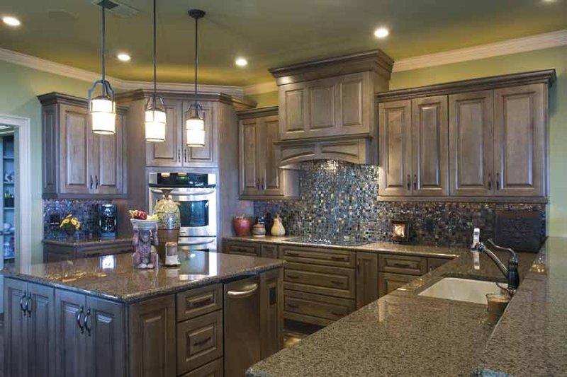 Traditional Interior - Kitchen Plan #17-3302 - Houseplans.com