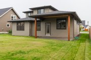 Contemporary Style House Plan - 3 Beds 2.5 Baths 2034 Sq/Ft Plan #1070-111