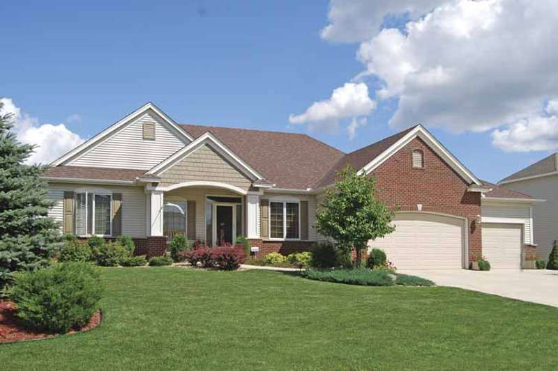 Prairie Exterior - Front Elevation Plan #320-995 - Houseplans.com