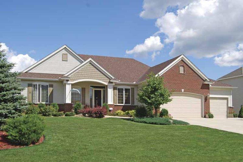 Home Plan - Prairie Exterior - Front Elevation Plan #320-995