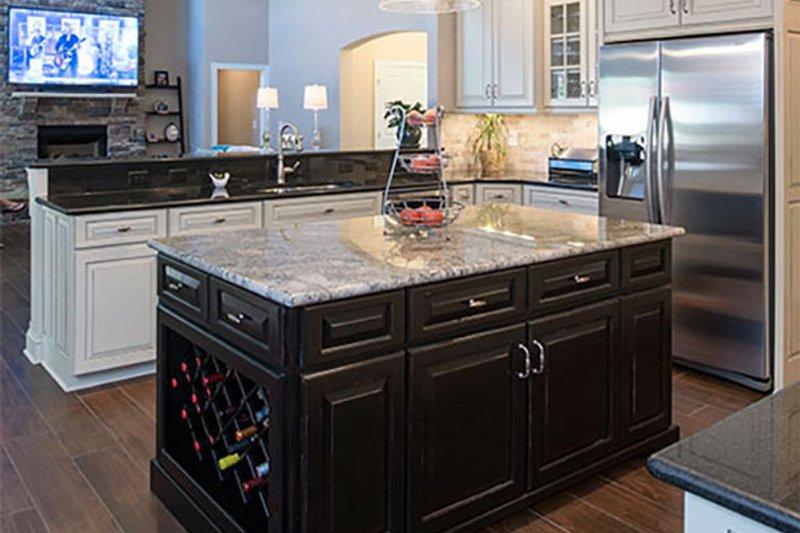Craftsman Interior - Kitchen Plan #929-7 - Houseplans.com