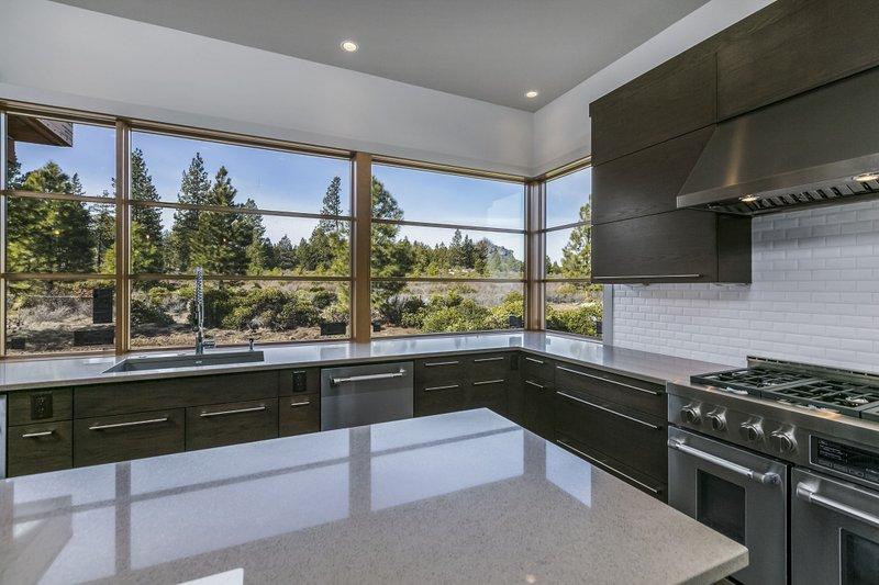 Modern Interior - Kitchen Plan #892-17 - Houseplans.com