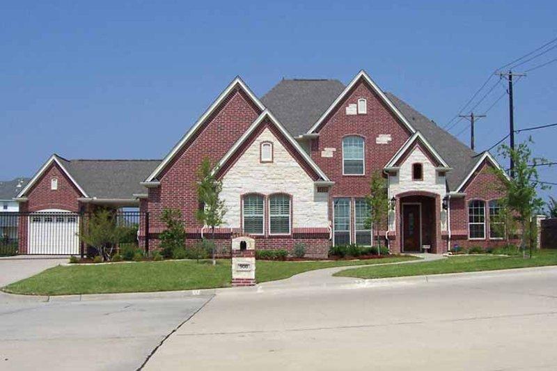 Home Plan - Tudor Exterior - Front Elevation Plan #84-736