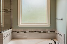 Craftsman Interior - Master Bathroom Plan #430-152