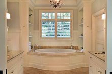 Craftsman Interior - Master Bathroom Plan #928-176