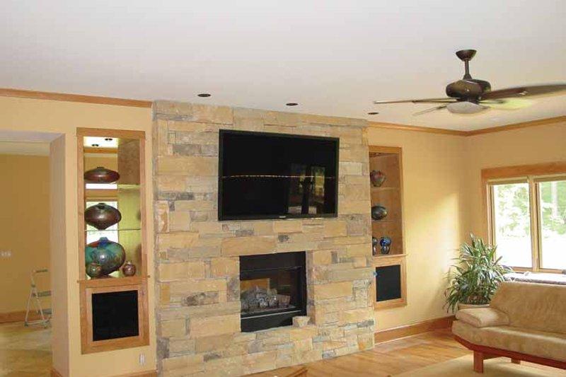 Craftsman Interior - Other Plan #939-12 - Houseplans.com