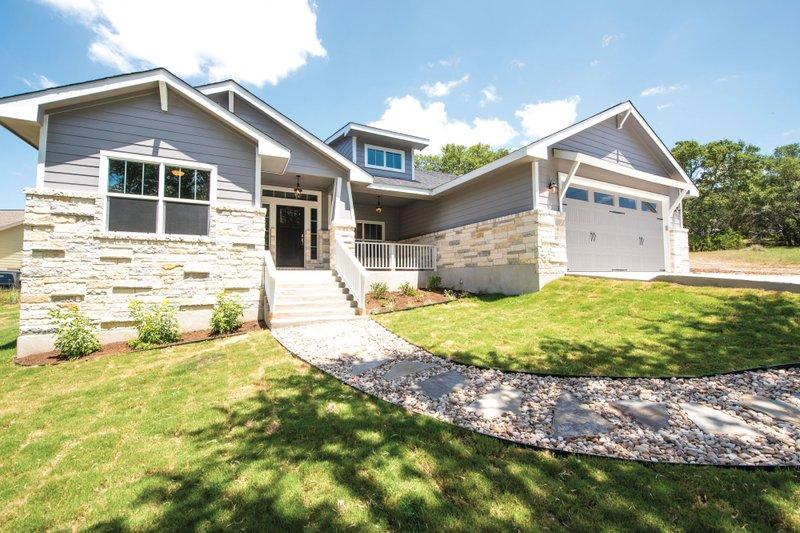 Home Plan - Craftsman Exterior - Front Elevation Plan #20-2412