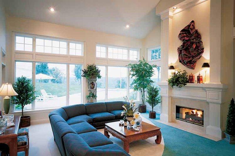 Traditional Interior - Family Room Plan #46-637 - Houseplans.com
