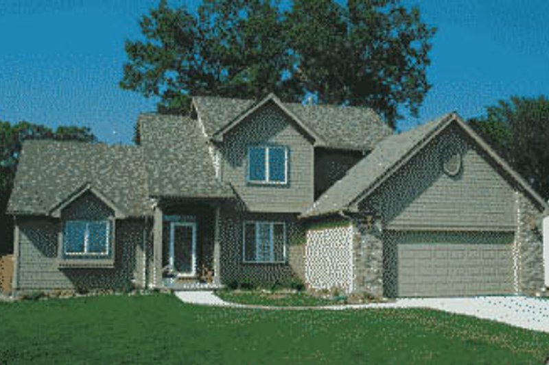 Traditional Exterior - Front Elevation Plan #20-574 - Houseplans.com