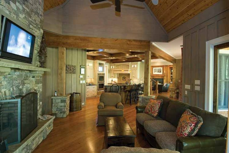 Craftsman Interior - Family Room Plan #54-362 - Houseplans.com