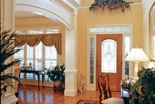 House Plan Design - Country Interior - Entry Plan #927-959