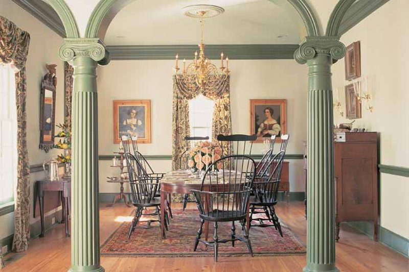 Colonial Interior - Dining Room Plan #137-305 - Houseplans.com