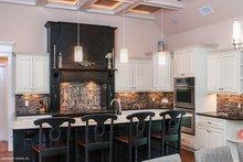 Craftsman Interior - Kitchen Plan #929-905