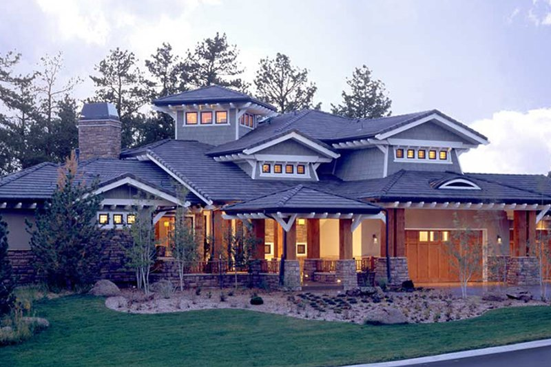 Craftsman Exterior - Front Elevation Plan #942-16 - Houseplans.com