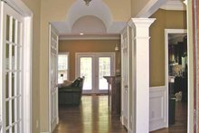 Country Interior - Entry Plan #314-232