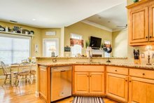 Traditional Interior - Kitchen Plan #437-110