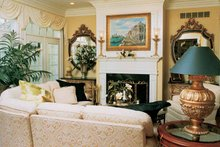 Traditional Interior - Family Room Plan #46-567