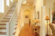 House Plan Design - Country Interior - Entry Plan #930-140