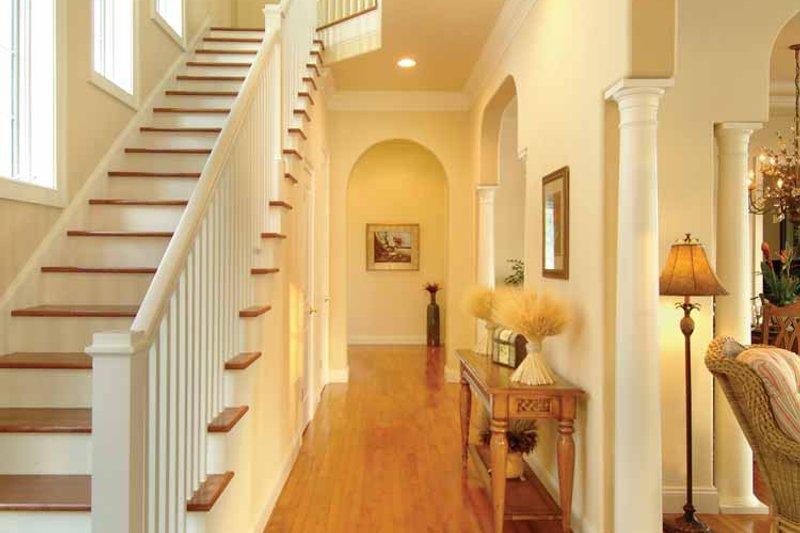 Country Interior - Entry Plan #930-140 - Houseplans.com