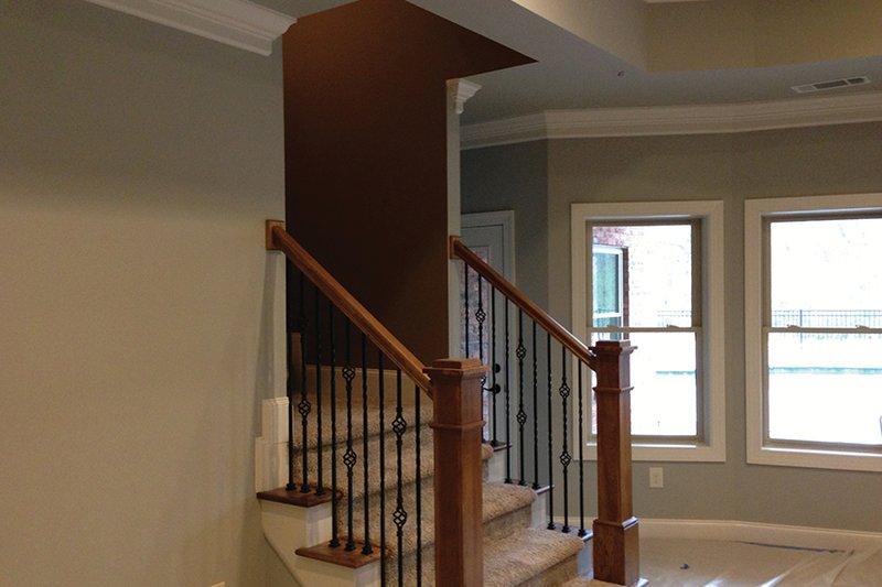 Traditional Interior - Entry Plan #437-73 - Houseplans.com
