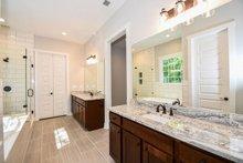 House Plan Design - Farmhouse Interior - Master Bathroom Plan #430-147