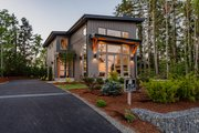 Contemporary Style House Plan - 3 Beds 2.5 Baths 2102 Sq/Ft Plan #1070-14