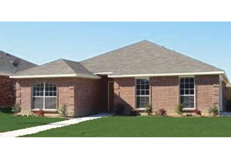 Traditional Exterior - Front Elevation Plan #84-778 - Houseplans.com