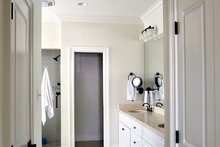 Craftsman Interior - Master Bathroom Plan #929-837