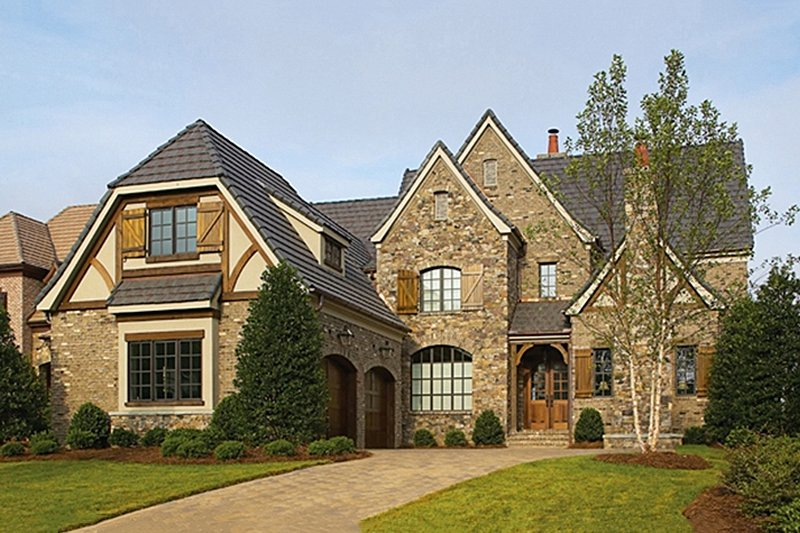 Dream House Plan - European Exterior - Front Elevation Plan #453-18