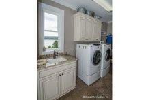 Dream House Plan - Craftsman Interior - Laundry Plan #929-26