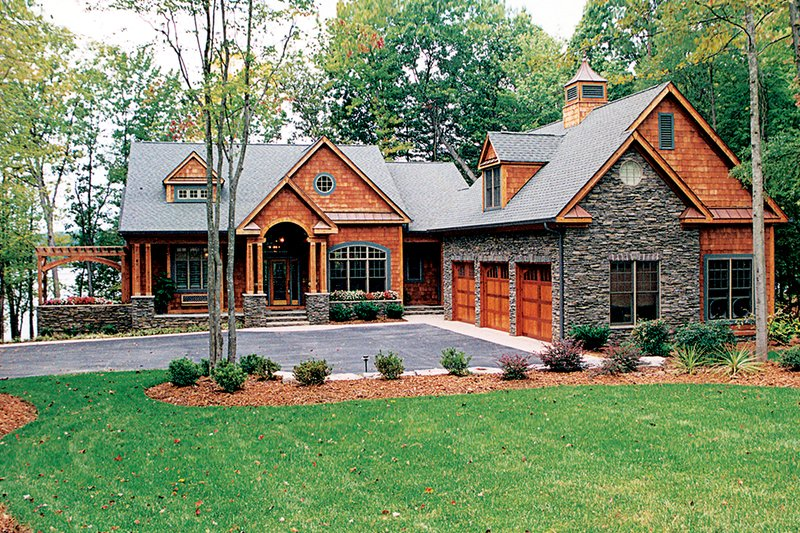 Craftsman Style House Plan - 3 Beds 3.5 Baths 3314 Sq/Ft Plan #453-638 Exterior - Front Elevation