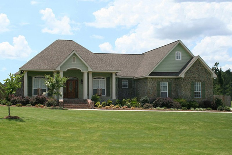 House Plan Design - Country Exterior - Front Elevation Plan #21-384