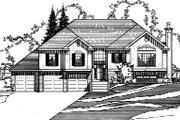 Traditional Style House Plan - 3 Beds 3 Baths 2754 Sq/Ft Plan #31-132 Exterior - Front Elevation