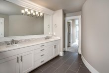 Traditional Interior - Master Bathroom Plan #1066-70