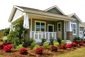 Craftsman Exterior - Front Elevation Plan #461-54
