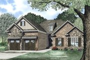 Traditional Style House Plan - 3 Beds 2 Baths 1715 Sq/Ft Plan #17-2394 Exterior - Front Elevation