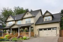 Dream House Plan - Farmhouse Exterior - Front Elevation Plan #48-105
