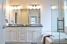 Craftsman Interior - Master Bathroom Plan #1070-47