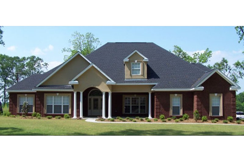Traditional Style House Plan - 4 Beds 2.5 Baths 2667 Sq/Ft Plan #63-198 Exterior - Front Elevation