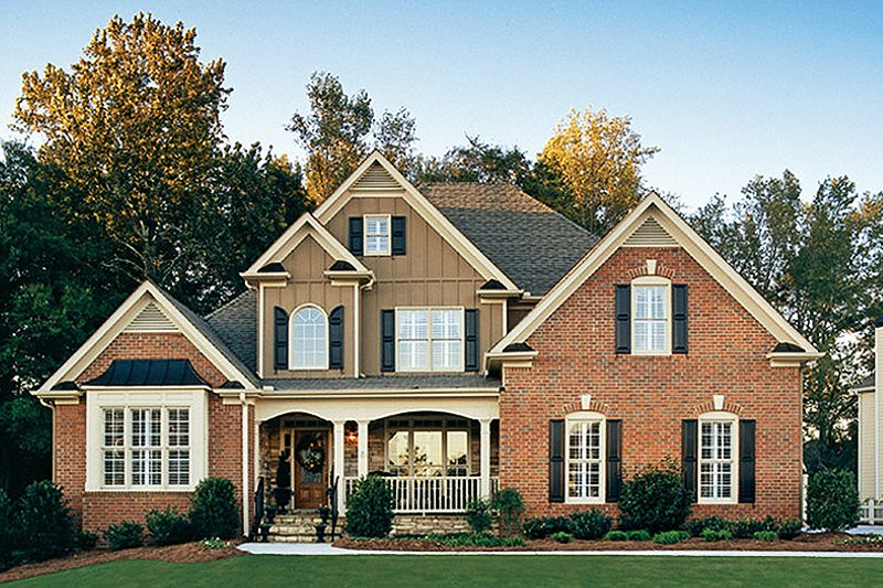 Country Style House Plan - 3 Beds 2.5 Baths 2680 Sq/Ft Plan #927-959 Exterior - Front Elevation