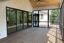 Home Plan - Modern Photo Plan #437-108