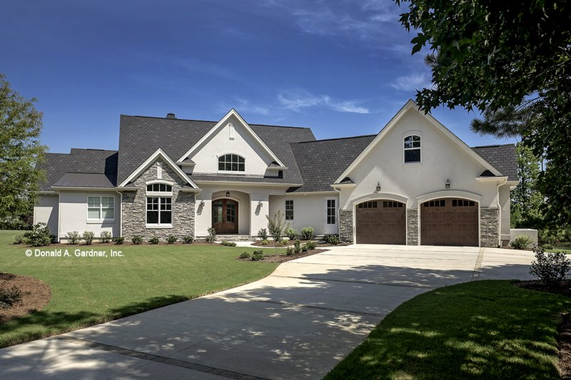 Dream House Plan - European Exterior - Front Elevation Plan #929-903