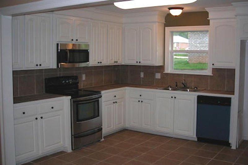 Ranch Interior - Kitchen Plan #430-12 - Houseplans.com