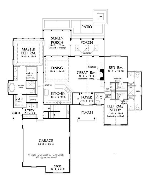 Craftsman Floor Plan - Main Floor Plan Plan #929-1057