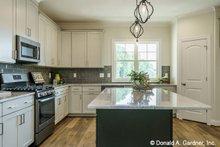 House Plan Design - Craftsman Interior - Kitchen Plan #929-1038